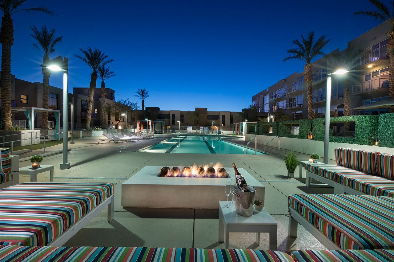 Juhl Las Vegas Lofts Pool